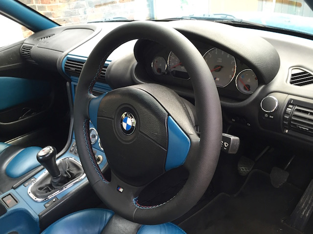 bmw z1 steering wheel steering wheel questions bmw z1 z4 z8 z3 forum and technical database zro. Black Bedroom Furniture Sets. Home Design Ideas